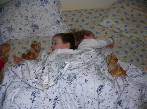 Solutions pour aider les tout-petits à dormir dans leur propre lit