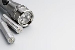Comment faire un Light Up Lightbulb Avec une batterie