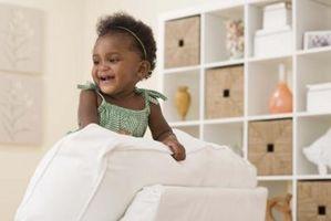 Choses à mettre sur les étagères d'un bébé