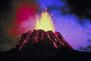 Comment faire un volcan pour les enfants à l'aide de boue