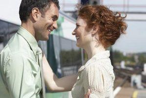 Comment savoir si un Collègue femelle est Flirting With You