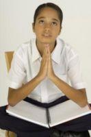 Faculté école peut dire des prières avant les réunions?