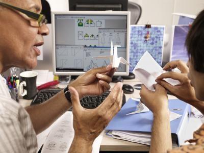 Comment faire un Origami Paper Machine Gun
