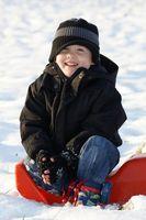 Jeux à jouer dans la neige avec des enfants