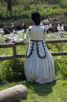 Elégant 20th Century Robes de mariée victorienne