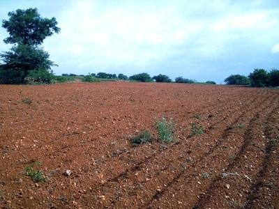 Pourquoi est-Topsoil considérée comme une ressource non renouvelable?