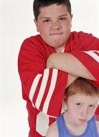 Comment enseigner à vos enfants à se protéger de l'école Bullies