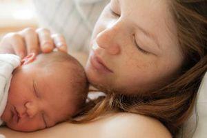 Comment se débarrasser des maux de ventre dans un nouveau-né