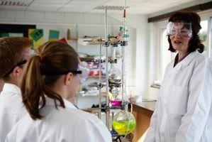 Comment faire pour déterminer Moles en chimie