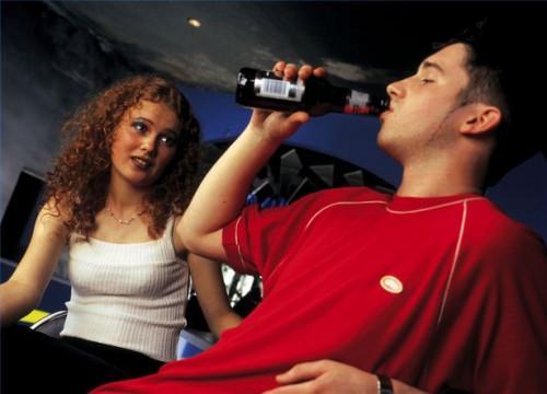 Comment détecter l'adolescence l'abus d'alcool