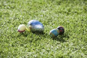 Jeux pour les adolescents lors d'une fête de Pâques Église