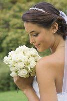 Do-It-Yourself Bride Bouquet