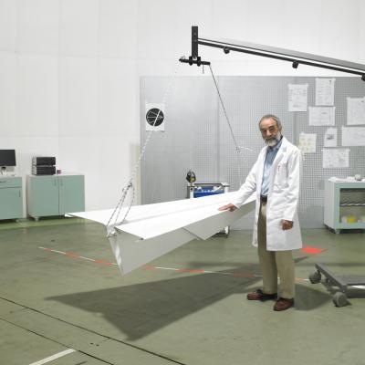 Comment faire un avion de papier Avec Staples