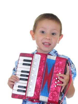 Comment faire pour mettre un accordéon dans l'affaire