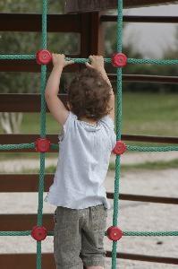 Jeux avec des échelles pour les enfants