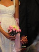 Comment inviter une jeune mariée à Sa douche nuptiale propre