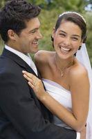 Que mettez-vous dans Sacs cadeaux pour invités au mariage qui sont venus au mariage?