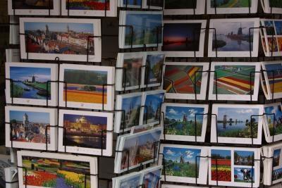 """Comment créer votre propre """"Nous avons déplacé"""" Carte postale"""