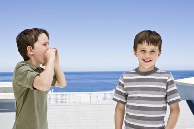 Signes d'alerte précoce dans le comportement des enfants