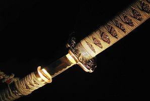 Comment accrocher une épée de samouraï et pourquoi