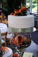 Comment décorer les gâteaux de mariage avec Cornély dentelle