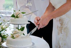 Comment décorer les gâteaux de mariage avec Gum Paste