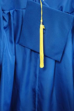 Comment faire pour créer Graduation Invitations en ligne