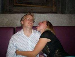 Comment obtenir un baiser sur la première date
