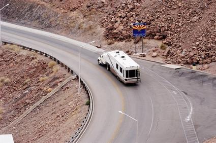 Comment câbler un connecteur plat 4-Way à un véhicule de remorquage