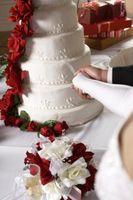 Décorer les gâteaux de mariage avec le Real Roses
