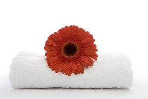Comment faire un gâteau de mariage Dish Towel