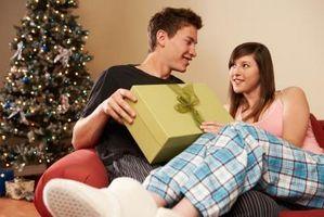 Comment faire pour trouver les meilleurs cadeaux romantiques pour lui
