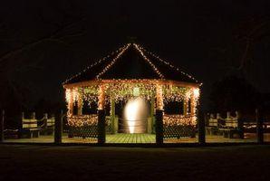 Comment décorer un petit patio pour Noël
