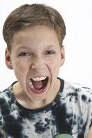 Comment discipliner un enfant qui crie