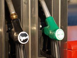 Comment puis-je convertir les figures de débit de carburant Pompe De Litres à Gallons?