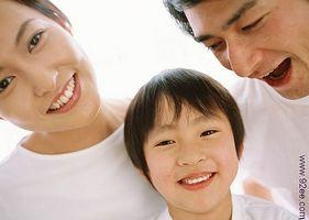 Comment encourager le sens de l'humour d'un enfant
