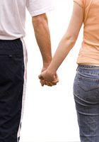 Comment faire pour obtenir votre ami Hold Your Hand