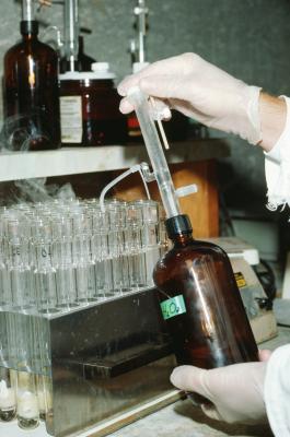 Comment utiliser Caps septum pour bouteilles de médias