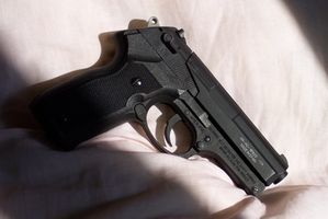 Comment accéder aux numéros de série des armes à feu