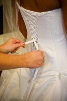 Comment faire pour mettre un Corset Retour dans une robe de mariée