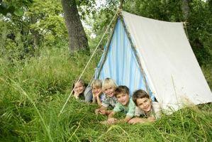 Comment construire une tente avec des draps pour les enfants