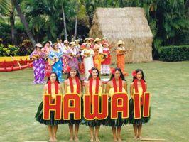 Comment avoir une fête d'anniversaire de Luau Hula