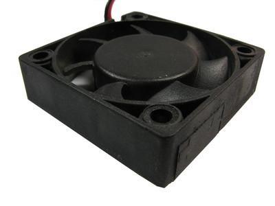 Comment faire pour convertir un ordinateur Fan 12V Dans un 120V