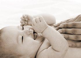 Comment donner un bébé un massage