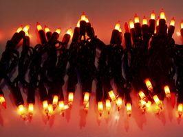 Comment accrocher les lumières de Noël sur les bâtiments commerciaux