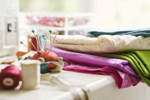Comment faire des fleurs en tissu pour une robe de mariée