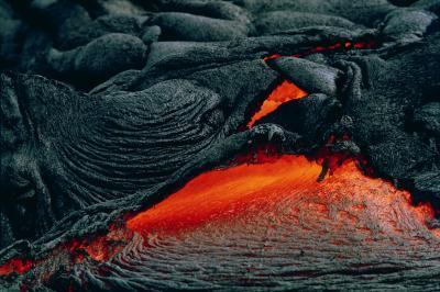 A propos de combien de gallons de Lava Come Out d'un volcan?