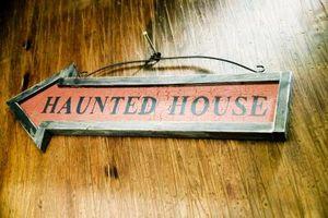 Comment faire votre propre extérieur Haunted House Maze
