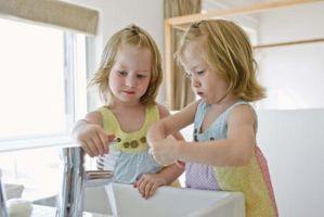 Fun Games pour aider à enseigner les enfants à se laver les mains