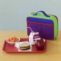 Repas scolaires sont en bonne santé pour les enfants d'âge scolaire dans une école à manger?